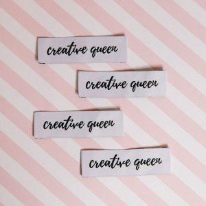 """Etiquettes à coudre """"creative queen"""""""